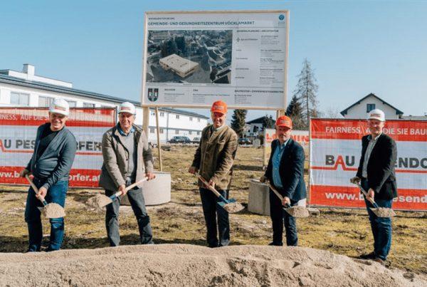 Bau Pesendorfer Spatenstich Amtsgebäude Neu und Haus der Gesundheit